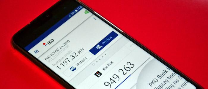 Płatności BLIK smartfonem
