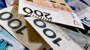 w jakim banku konto z darmowymi bankomatami?
